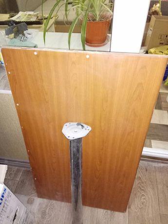 Стол кухонный с креплением к стене