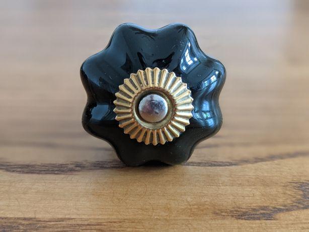 Uchwyt ceramiczny czarno złoty. Jak nowy