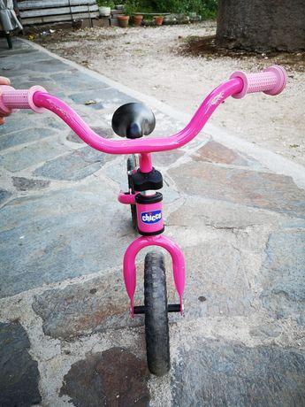 Vende-se bicicleta criança