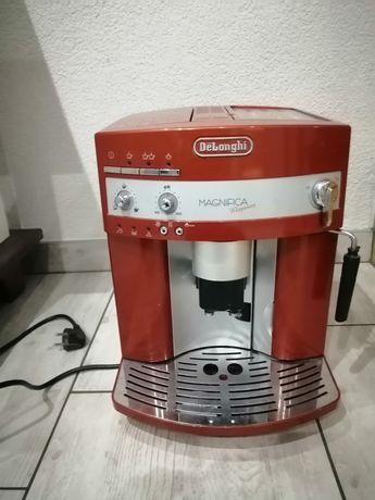 Ekspres do kawy firmy Delonghi
