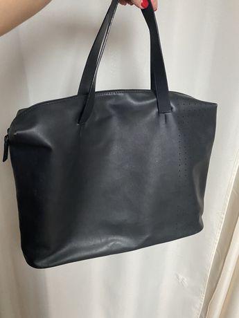 Torba Zara Men mieści A4 czarna