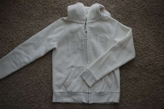 GAP bluza polar 12 13 lat 146 152 bezowa kremowa ciepla