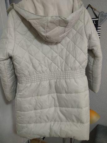 Теплая курточка на девочку