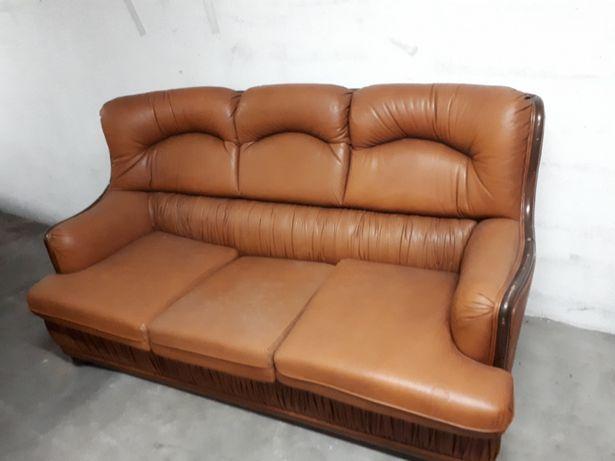 Sofa cama em pele