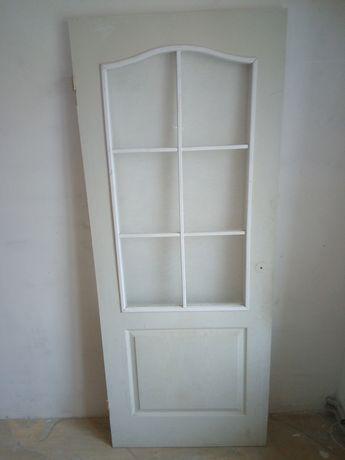 Продам двери (кухонные)