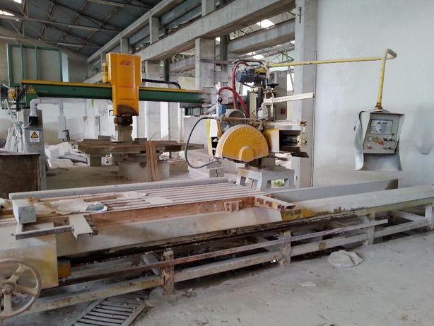 Máquina de corte mármore e granito tradicional