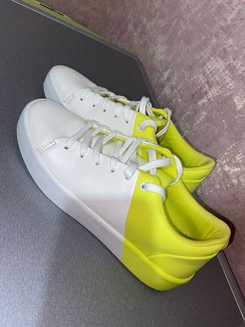 Стильные кроссовки ALDO