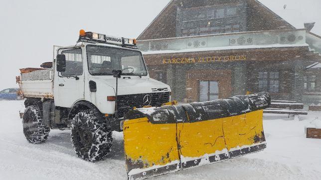 Pług śnieżny, skrętny Unimog