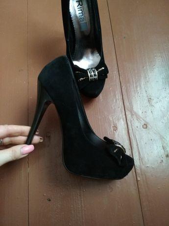 Туфлі, туфли, шпилька, чорні