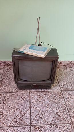 Телевізор Banga кольоровий