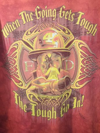Продам футболку The Mountain (Маунтин)