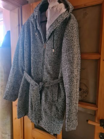 Płaszcz firmy Moodo