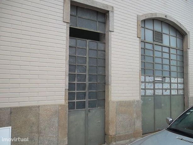 Loja  Arrendamento em São João da Madeira,São João da Madeira