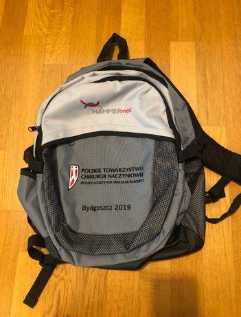 Plecak z logo PTCHN