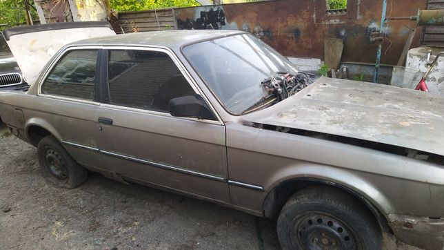 Продам BMW 316 87 года