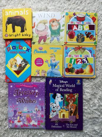 Zestaw 8 książeczek angielskojęzycznych