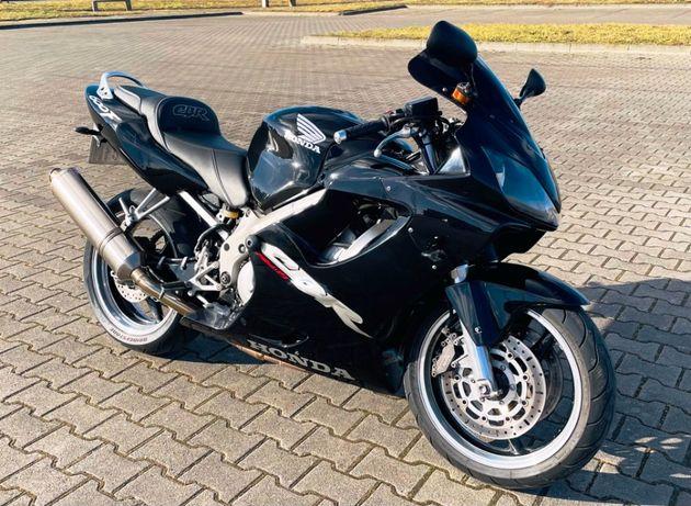 Honda CBR 600 F4i na wtrysku, Akrapovic