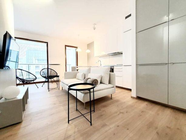 MBank, ul. Grzybowska 85, nowoczesne 2 pokojowe typu studio- balkon 9m