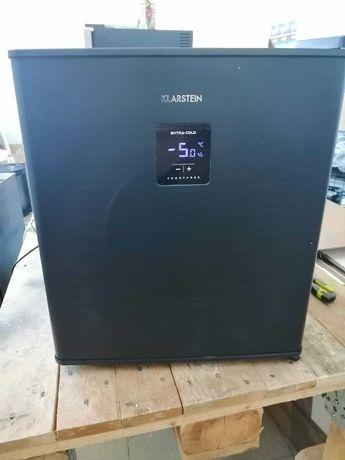 lodówka na napoje, A+, 46 litrów, 39dB,0 – 10°C. Wysokość 51.5cm. Nowa