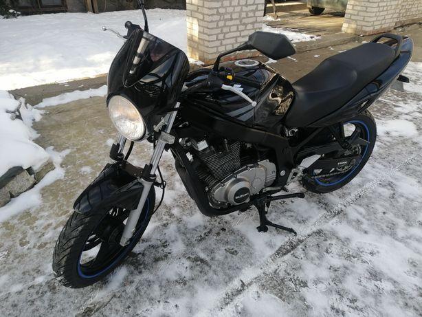 Suzuki gs 500 kat A2