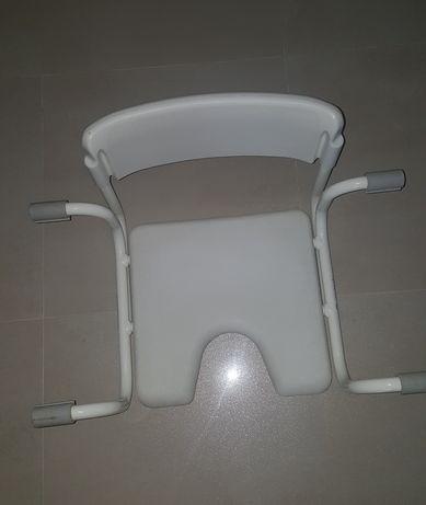 Siedzisko na wannę z oparciem / krzesło na wannę