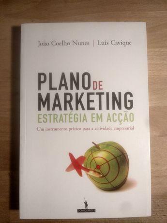 """Livro """"Plano de Marketing - Estratégia em Acção"""""""