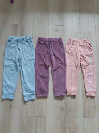 Spodnie dresowe dla dziewczynki 98/104