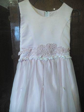 Нарядное платье на 8-12 лет на утренник, выпускной из младшей школы