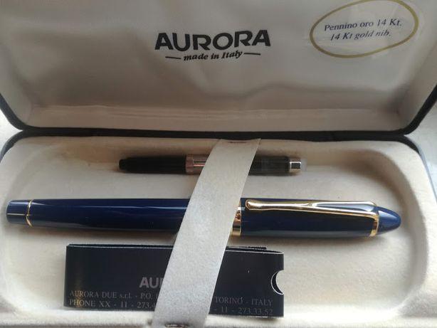 Excelente caneta Aurora
