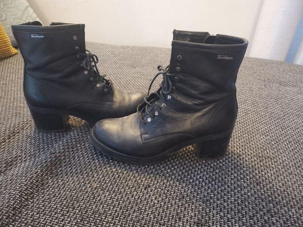 Buty na obcasie damskie fashion (42)