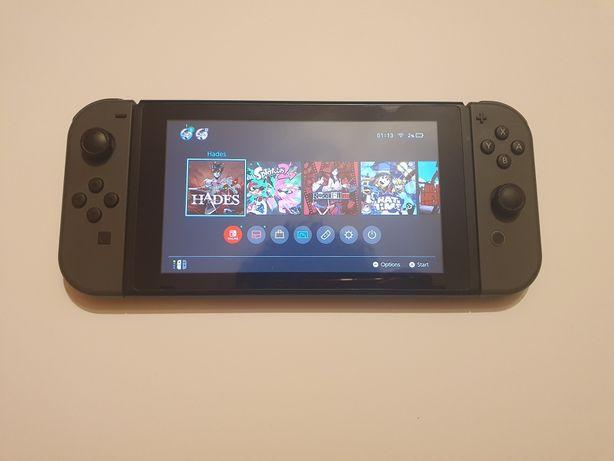 Nintendo switch V1 + pro controler + 128gb