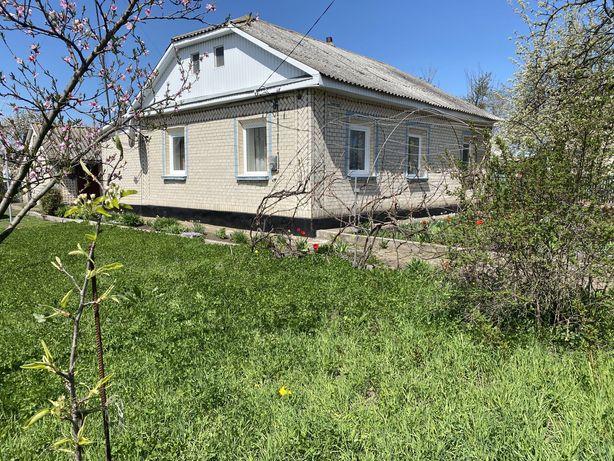 Продається будинок м. Летичів Хмельницька область.