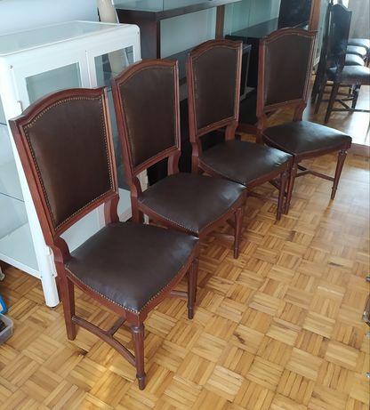 4 cadeiras em excelente estado