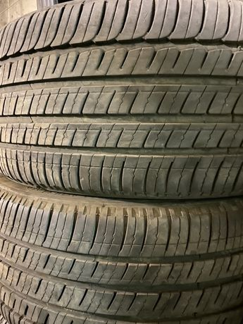 Комплект  Michelin 245 40 r 19 всесезонка М+S . Америка