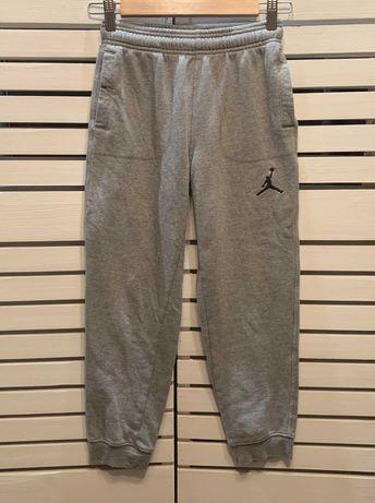 Спортивные штаны Jordan на 10-12 лет рост 140-152 см оригинал