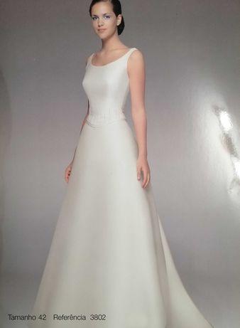 Vestido de Noiva Sposa Nova 3802
