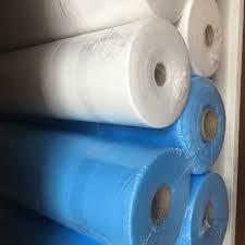 Простынь одноразовая 60смх100м голубая, белая 18пл из спанбонд
