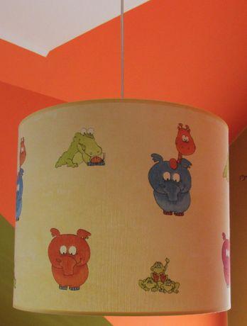 Lampa wisząca do pokoju dziecka motyw zwierzątka