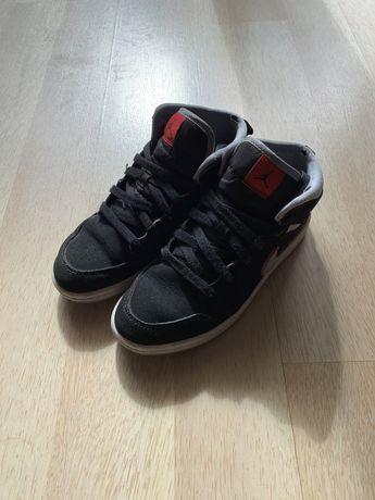 Кроссовки Nike Air Jordan 1 Mid детские 35 размер