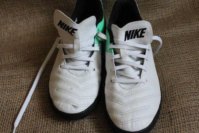 Продам дитячі футзалки Nike Tiempo X (оригінал).