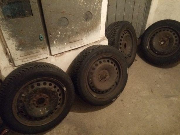 Opony zimowe 205/55 R 16 z felgami do Forda