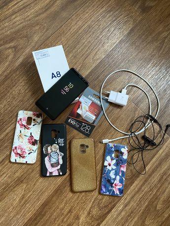 Продам телефон Самсунг А8