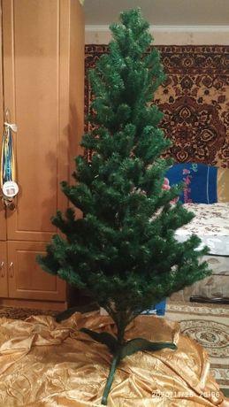 Искусственная елка. 170см.