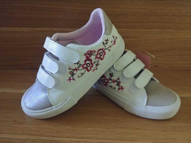 Nowe CCC buty sportowe adidasy dla dziewczynki 30