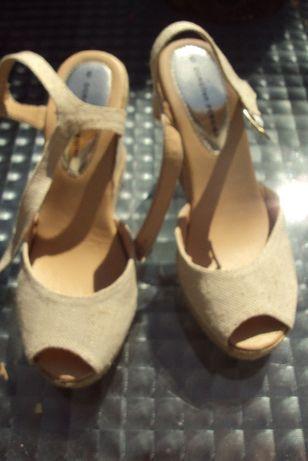 Buty damskie sandały na koturnie rozmiar 6, czyli 39 Dorothy Perkins