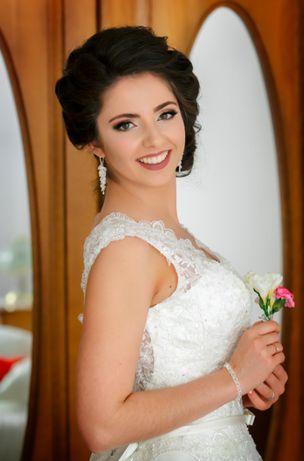 Romantyczna Suknia Ślubna rozmiar 36 / 38 szyta na 168cm+9cm
