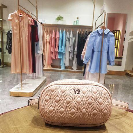 Новая поясная сумка миланского бренда Ynot