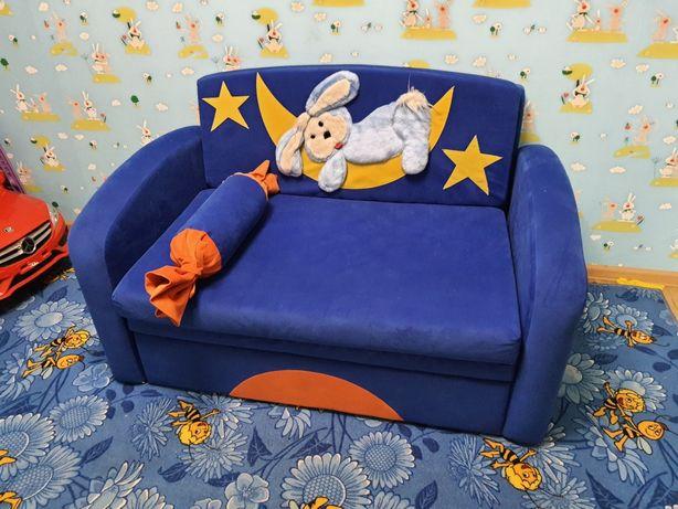 Детский диван. 23 августа