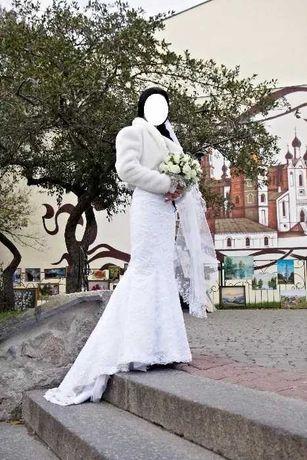 Очень милое и красивое свадебное платье 42-48 р. Цена снижена.