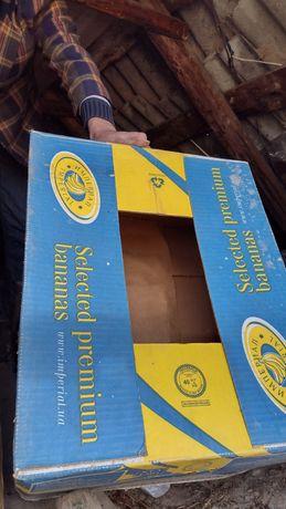 Банановый ящик ,коробка.